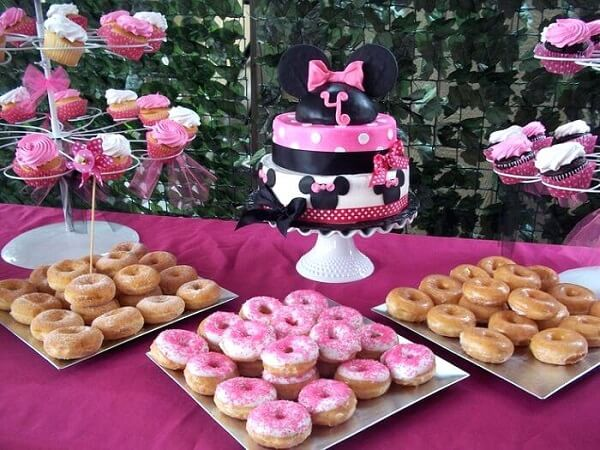krispy kreme cakes