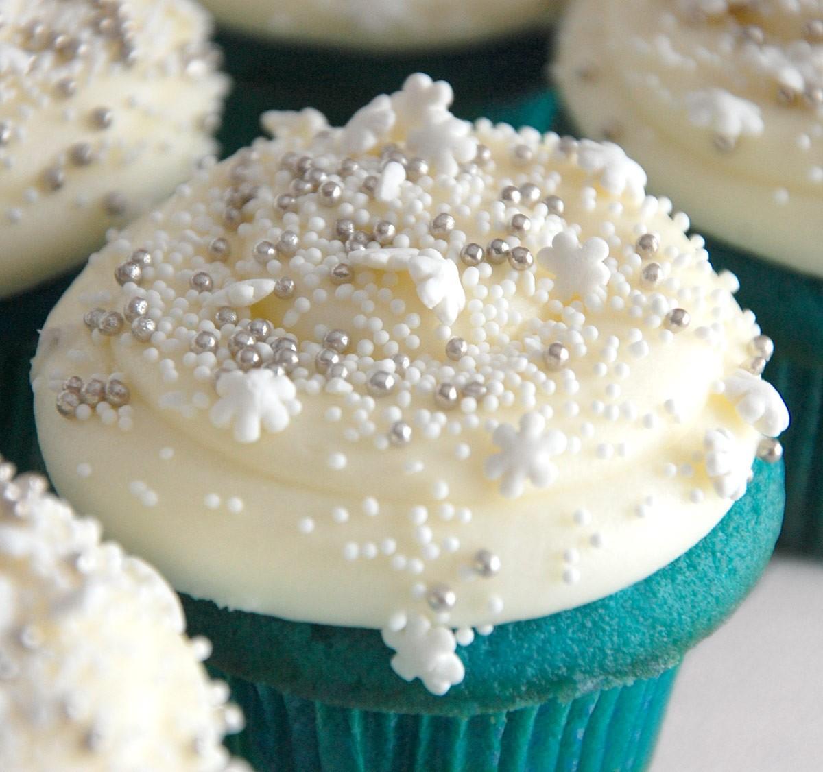 carousel cake blue velvet cake