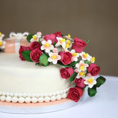 Crixa Cakes: A Sweet Tooth's Fantasy