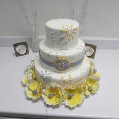 Cakes Plus: A Comprehensive Cake Company