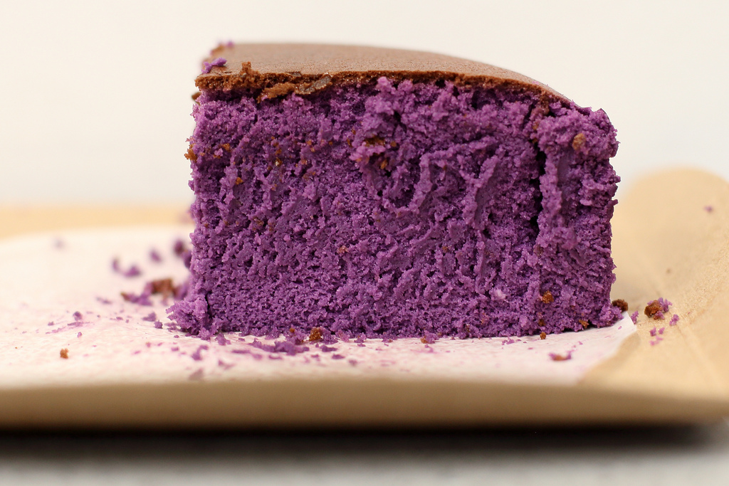 Ube bouncy cake