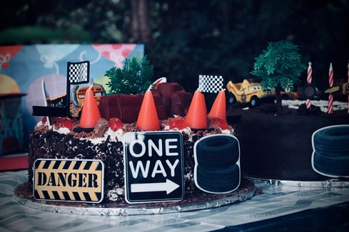 road signs design birthday cake