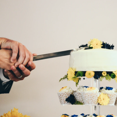 What You Should Know Before Choosing Your Bride's Cake